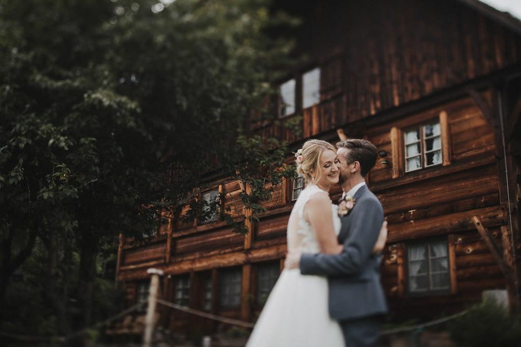 Das Brautpaarshooting am Henslerhof im Schwarzwald